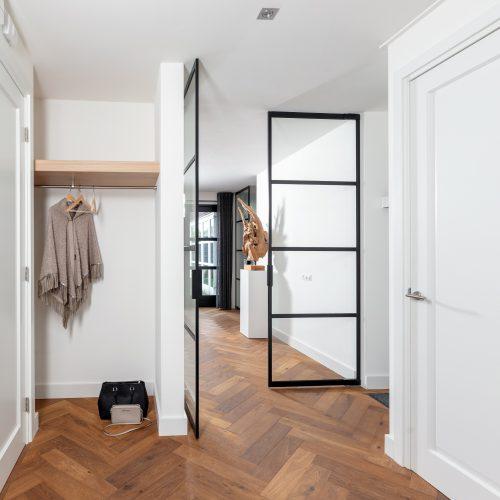 Woonhuis Enschede garderobe